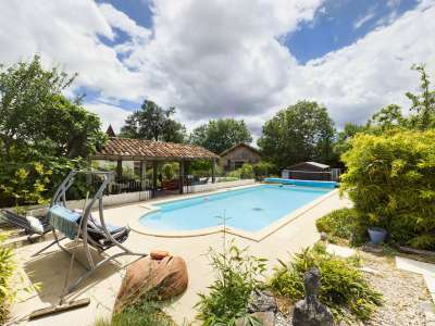 Image 3 | 6 bedroom farmhouse for sale with 0.64 hectares of land, Caylus, Tarn-et-Garonne , Midi-Pyrenees 230236