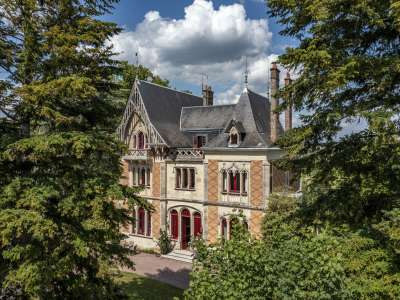 Image 3   10 bedroom French chateau for sale with 7.31 hectares of land, La Roche Posay, Chatellerault, Vienne , Poitou-Charentes 230247