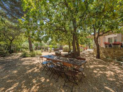 Image 10   5 bedroom villa for sale with 1,900m2 of land, Gordes, Vaucluse , Luberon 230269