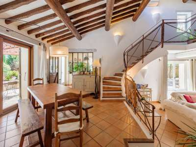 Image 4   5 bedroom villa for sale with 1,900m2 of land, Gordes, Vaucluse , Luberon 230269