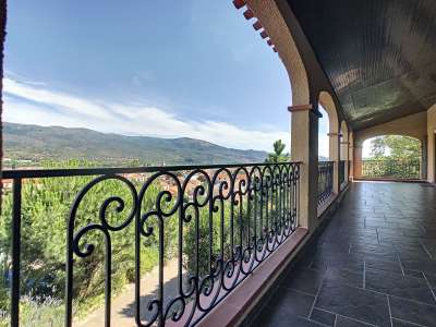 Image 2 | 4 bedroom villa for sale with 0.21 hectares of land, Prades, Pyrenees-Orientales , Languedoc-Roussillon 230303