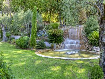 Image 3   5 bedroom villa for sale with 1.56 hectares of land, Mougins, French Riviera 230338
