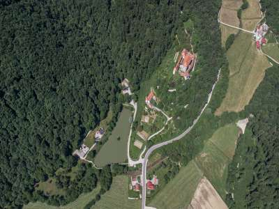 Image 10 | 10 bedroom castle for sale with 0.77 hectares of land, Mirna, Mirna Municipality, Lower Carniola Dolenjska Traditional Region 230553