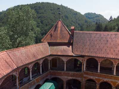 Image 14 | 10 bedroom castle for sale with 0.77 hectares of land, Mirna, Mirna Municipality, Lower Carniola Dolenjska Traditional Region 230553