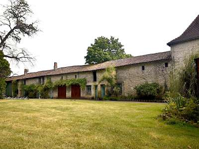 Image 3 | 9 bedroom French chateau for sale with 1.79 hectares of land, Chef Boutonne, Deux-Sevres , Poitou-Charentes 230956