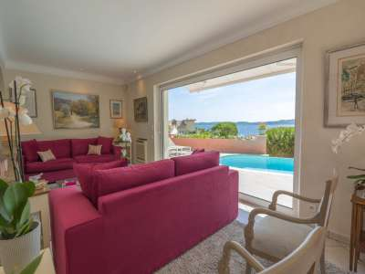 Image 6 | 4 bedroom villa for sale with 800m2 of land, Sainte Maxime, French Riviera 230974