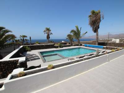 Image 2 | 4 bedroom villa for sale with 0.8 hectares of land, Macher, Southern Lanzarote, Lanzarote 231350