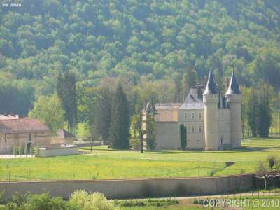 Image 19 |  Spectacular French chateau estate in the Jura 120200