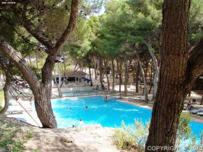 Image 4    Two Impressive Beachside Apart Hotels with over 440 Bedrooms for Sale in Menorca  186539