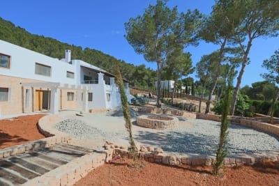 Image 3 |  5 bedroom villa for sale, Santa Eularia des Riu, Ibiza 201074