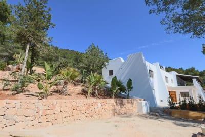 Image 4 |  5 bedroom villa for sale, Santa Eularia des Riu, Ibiza 201074