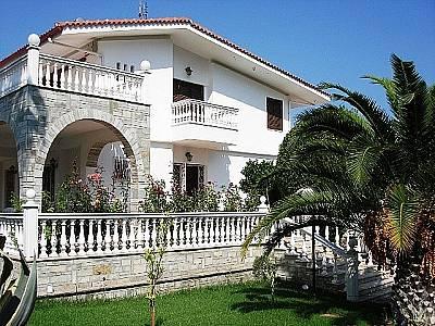 Image 1   4 bedroom villa for sale with 2,500m2 of land, Kassandra, Halkidiki, Central Macedonia 123734