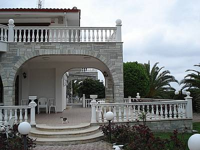 Image 2   4 bedroom villa for sale with 2,500m2 of land, Kassandra, Halkidiki, Central Macedonia 123734