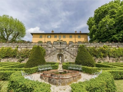 Image 4 | 5 bedroom villa for sale with 1,110,000m2 of land, Lucca, Tuscany 185140
