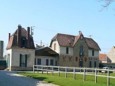 Image 3 | 11 bedroom French chateau for sale with 1,236,000m2 of land, Paris, Seine-et-Marne , Paris-Ile-de-France 197433