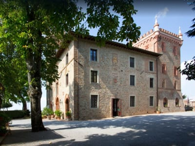 Image 6 | 8 bedroom hotel for sale with 6,000m2 of land, Perugia, Umbria 198691
