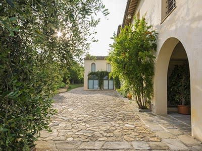 Image 5   6 bedroom villa for sale with 110,000m2 of land, Florence, Chianti 200169