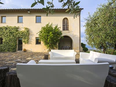 Image 8   6 bedroom villa for sale with 110,000m2 of land, Florence, Chianti 200169