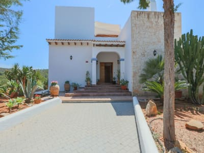 Image 1 | 7 bedroom villa for sale with 15,500m2 of land, Cala Llenya, Eastern Ibiza, Ibiza 201077