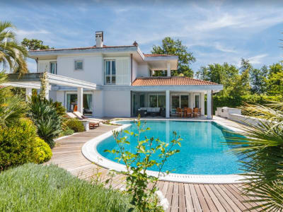 Image 1 | 6 bedroom villa for sale with 3,800m2 of land, Forte dei Marmi, Lucca, Tuscany 202452