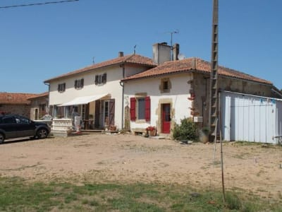 Image 1 | 4 bedroom house for sale with 200,000m2 of land, Availles Limouzine, Vienne , Poitou-Charentes 204622