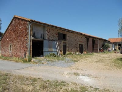 Image 3 | 4 bedroom house for sale with 200,000m2 of land, Availles Limouzine, Vienne , Poitou-Charentes 204622