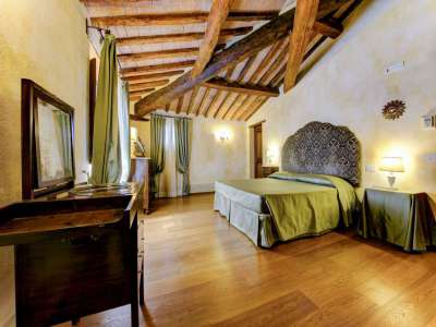 Image 13   12 bedroom farmhouse for sale with 5,600m2 of land, Florence, Chianti 207971
