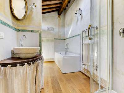 Image 14   12 bedroom farmhouse for sale with 5,600m2 of land, Florence, Chianti 207971