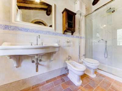 Image 16   12 bedroom farmhouse for sale with 5,600m2 of land, Florence, Chianti 207971