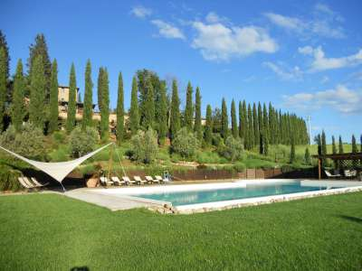 Image 2   12 bedroom farmhouse for sale with 5,600m2 of land, Florence, Chianti 207971