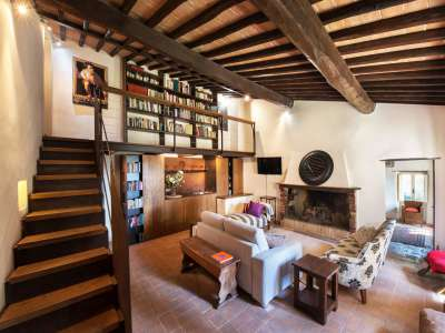 Image 13 | Superb Umbrian Villa with 10 bedrooms and Pool  for Auction in Spoleto area. 208592
