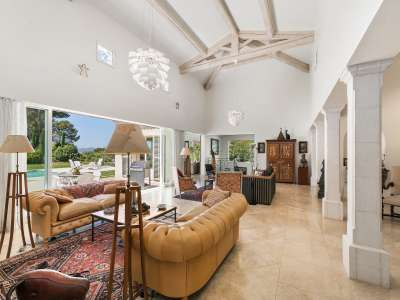 Image 5 | 4 bedroom villa for sale with 4,500m2 of land, Mougins, French Riviera 209958