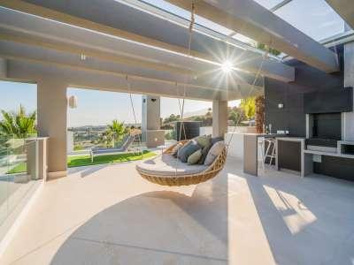 Image 15   5 bedroom villa for sale with 1,800m2 of land, Los Flamingos Golf, Benahavis, Malaga Costa del Sol, Andalucia 209964