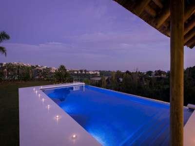 Image 25   5 bedroom villa for sale with 1,800m2 of land, Los Flamingos Golf, Benahavis, Malaga Costa del Sol, Andalucia 209964