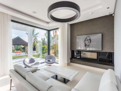 Image 4   5 bedroom villa for sale with 1,800m2 of land, Los Flamingos Golf, Benahavis, Malaga Costa del Sol, Andalucia 209964