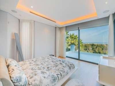 Image 9   5 bedroom villa for sale with 1,800m2 of land, Los Flamingos Golf, Benahavis, Malaga Costa del Sol, Andalucia 209964