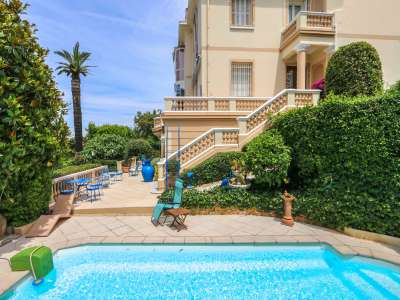 Image 3   5 bedroom villa for sale with 1,000m2 of land, Mont Boron, Nice, French Riviera 212576