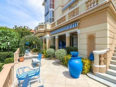 Image 6   5 bedroom villa for sale with 1,000m2 of land, Mont Boron, Nice, French Riviera 212576
