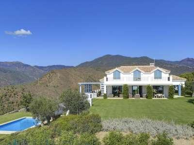 Image 1   5 bedroom villa for sale with 6,950m2 of land, Monte Mayor Golf Resort, Marbella, Malaga Costa del Sol, Andalucia 212682