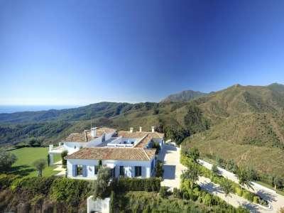 Image 5   5 bedroom villa for sale with 6,950m2 of land, Monte Mayor Golf Resort, Marbella, Malaga Costa del Sol, Andalucia 212682