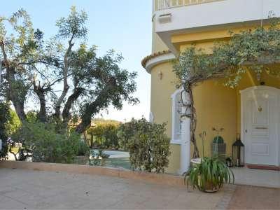 Image 19   6 bedroom villa for sale with 500m2 of land, Almancil, Central Algarve, Algarve Golden Triangle 214510