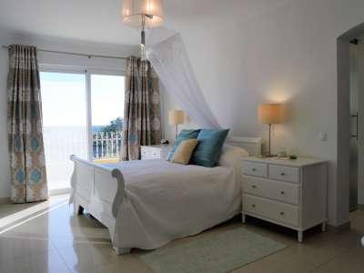 Image 9   6 bedroom villa for sale with 500m2 of land, Almancil, Central Algarve, Algarve Golden Triangle 214510