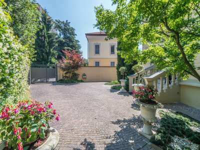 Image 2 | 6 bedroom villa for sale with 520m2 of land, Monza, Monza and Brianza, Lombardy 214889