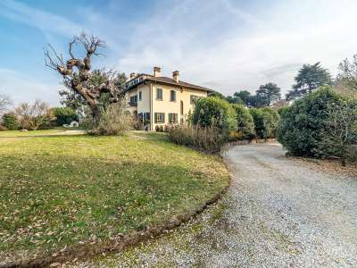 Image 10 | 7 bedroom villa for sale with 16,000m2 of land, Briosco, Monza and Brianza, Lombardy 214999