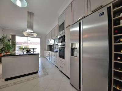 Image 8   4 bedroom villa for sale with 1,575m2 of land, Santa Maria da Feira, Aveiro, Central Portugal 215170