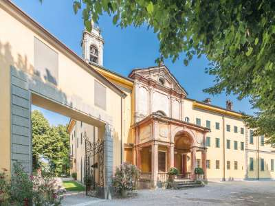 Image 3 | 50 bedroom villa for sale with 900,000m2 of land, Castelbarco, Monza and Brianza, Lombardy 215746