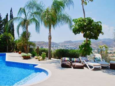 Image 2 | 5 bedroom villa for sale with 1,102m2 of land, Mesovounia, Limassol 215771