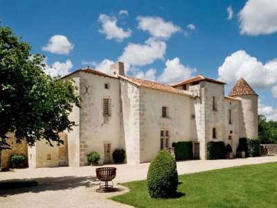 Image 1 | 6 bedroom French chateau for sale with 63,300m2 of land, Angouleme, Charente , Poitou-Charentes 216161