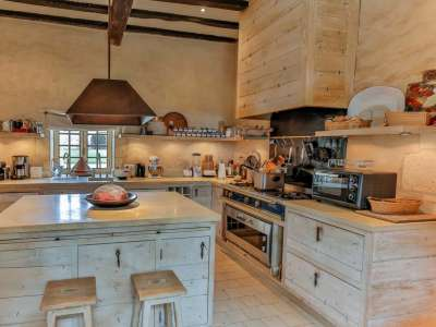Image 12 | 6 bedroom French chateau for sale with 63,300m2 of land, Angouleme, Charente , Poitou-Charentes 216161