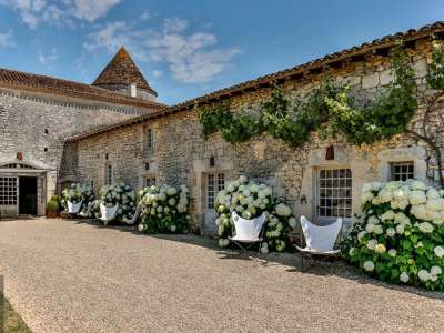 Image 7 | 6 bedroom French chateau for sale with 63,300m2 of land, Angouleme, Charente , Poitou-Charentes 216161